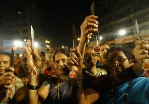 Корреспондент: Охота на женщин. Что стало причиной волны изнасилований в Индии