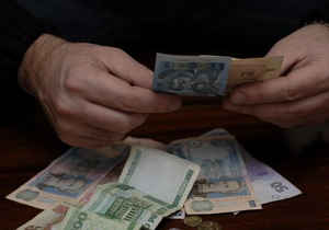 5 млн украинцев получают в конвертах 145 млрд грн - чиновник