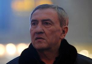 Черновецкий на Крещение искупается в проруби