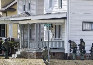 В США 45-летний мужчина застрелил пассажирку автобуса и взял в заложники трехлетнего ребенка