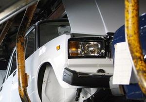 Российский АвтоВАЗ ждет более миллиарда рублей чистой прибыли в 2010 году