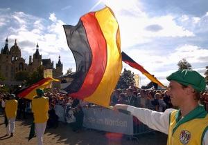 Немцы отмечают 21-ю годовщину объединения Германии