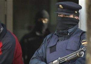 Испанская полиция арестовала двоих туристов-мусульман, помолившихся в католическом соборе
