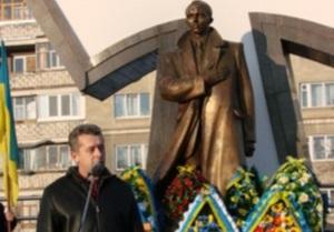 Мэр Ивано-Франковска призвал граждан быть достойными славы Бандеры