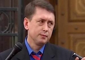 УП: Мельниченко бежал в США
