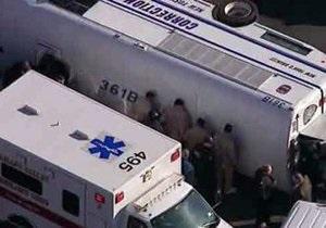 Автобус с заключенными перевернулся недалеко от Нью-Йорка