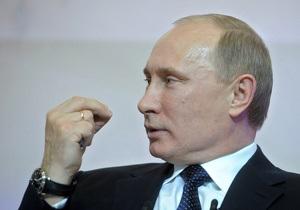 Надоело объяснять. В Кремле отказались далее комментировать самочувствие Путина и опровергли слухи о смене имиджа президента