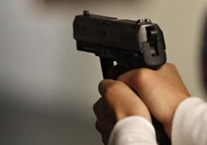В Полтаве трое мужчин в масках и с пистолетом ограбили металлобазу