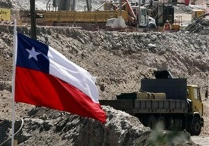 В Чили спасатели добурили шурф к заблокированным шахтерам