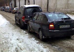 ДТП в центре Киева парализовало движение транспорта