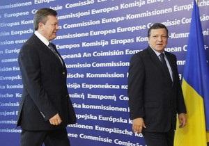 Баррозу пообещал Януковичу, что приедет на саммит по случаю годовщины Чернобыля