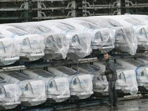Продажи автомобилей в Европе в феврале упали на 18,3%