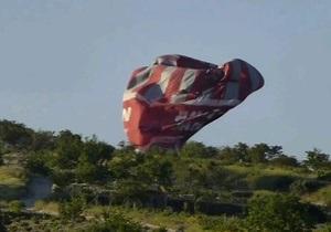 Турция - смерть двух женщин - воздушный шар упал после столкновения