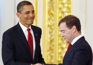 Обама получает в четыре раза больше, чем Медведев