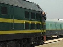 В Ираке грузовой поезд протаранил семейный микроавтобус