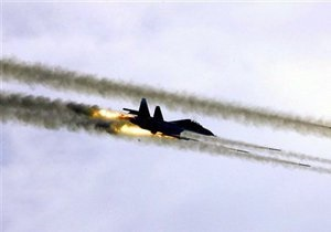 Израильские самолеты сбросили на Ливан тепловые шары - военное ведомство