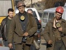 Пожар в шахте тушат пятые сутки
