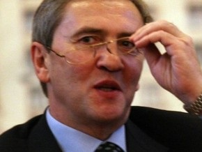 Черновецкий начал торговать своими фото