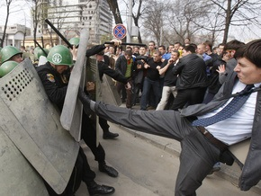 Обвиняемых в организации беспорядков в Молдове оправдали