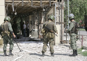 В Чечне взорвался найденный на улице iPhone, есть раненые
