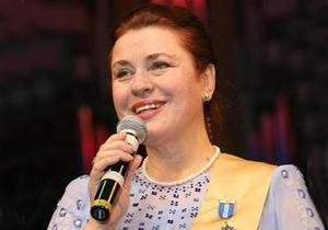 Янукович  с глубокой скорбью  воспринял известие о смерти Толкуновой