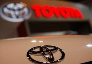 Чистая прибыль Toyota в 2010 году выросла почти вдвое