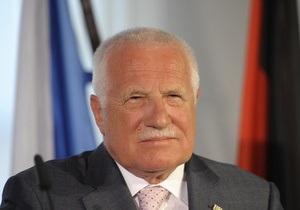 Новости Чехии - В последний день на посту президента Чехии сожгли его чучело - Вацлав Клаус