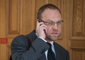 Власенко назвал имя нового врача Тимошенко