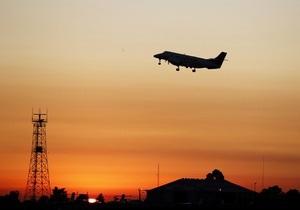 В Индонезии потерпел крушение пассажирский самолет