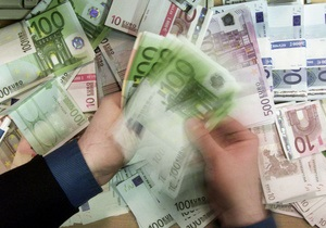 Евро подешевел на межбанке