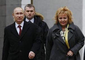 СМИ вновь пишут о предстоящей свадьбе дочери Путина. Предполагаемый жених все опровергает