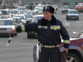 В Крыму отлетевшее колесо грузовика стало причиной серьезного ДТП