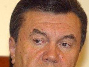Янукович выразил соболезнования в связи с гибелью сына Сивковича