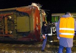 Столкновение двух поездов парализовало ж/д сообщение между Италией и Швейцарией