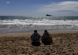 Пляжи Испании закрыты из-за нашествия медуз