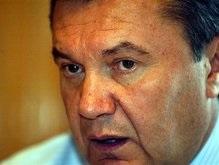 Янукович отправит завтра к Тимошенко Азарова