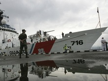Россия обещает не отвечать военными методами на корабли НАТО в Черном море