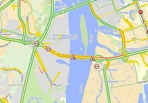 Движение транспорта на Южном мосту в Киеве ограничено