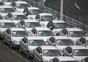 В Украине сокращаются продажи легковых автомобилей