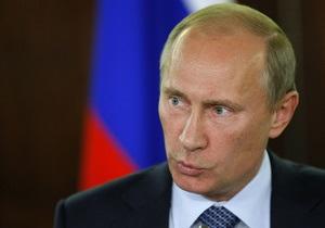 Лишь треть россиян признали Путина политиком 2011 года