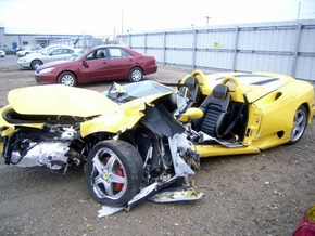 Американский бизнесмен за три года разбил 10 суперкаров
