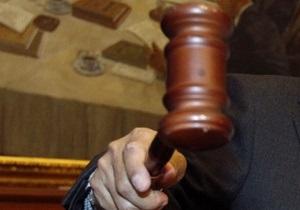 Суд вынес приговор офицеру Генштаба РФ, выбросившему с 8-го этажа двух приемных дочерей