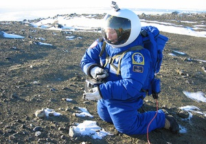 NASA испытало скафандры, предназначенные для полета на Марс