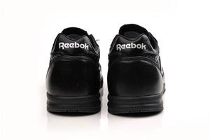 Reebok продолжает формировать модные тенденции и представляет модели весна-лето 2010