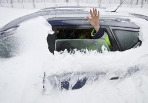 Снегопады в Румынии: около 300 человек оказались заблокированы в автомобилях