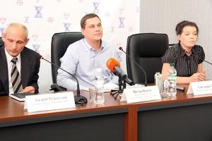 В  Україні почав діяти перший безкоштовний номер інформаційно-консультаційної допомоги населенню