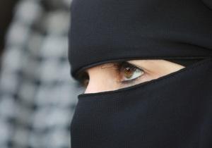 Парламент Швейцарии поддержал запрет на ношение паранджи
