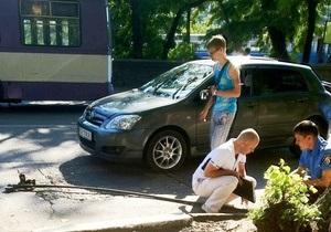 В Севастополе троллейбусная штанга убила водителя проезжавшего мимо автомобиля
