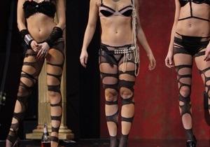 Верховная Рада отказалась запретить внешнюю рекламу сексуального и эротического характера