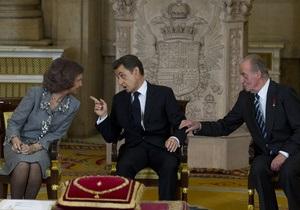 Саркози получил высшую награду испанской короны